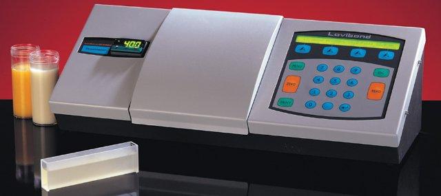 Лабораторное оборудование: колориметр, лабораторный микроскоп
