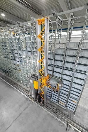 VAHLE Group будет использовать на своем автоматическом складе кран-штабелер Jungheinrich с энергонакопителями