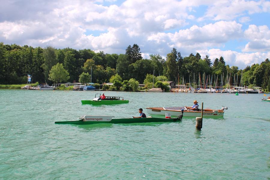 Гонки лодок на солнечных батареях
