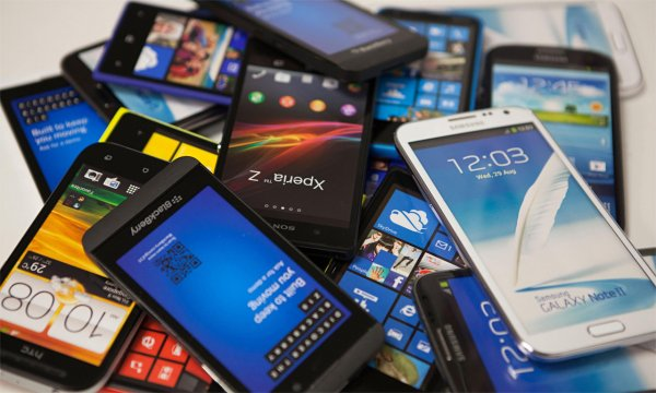 Белорусы и украинцы скупают смартфоны активнее россиян