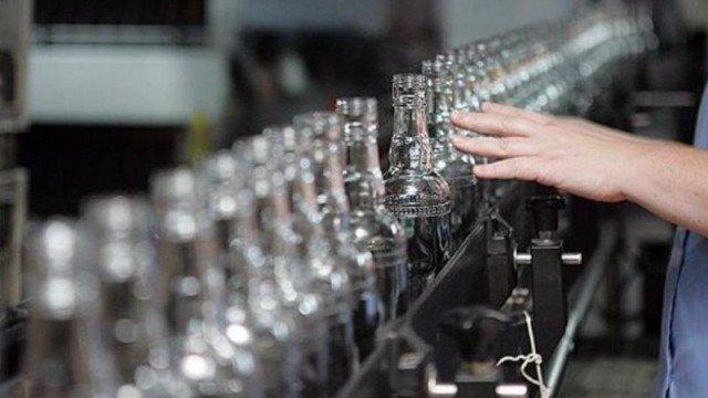 Алкогольный холдинг Черняка запустил производство в Беларуси