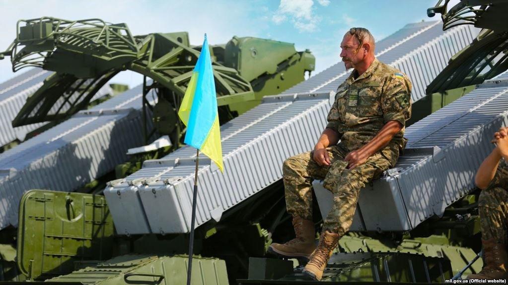В День независимости на Донбассе погиб украинский военный, еще 4 получили ранения
