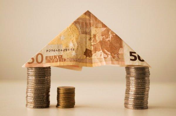 Эксперт прокомментировал снижение ипотечной ставки в России