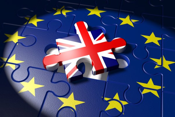 СМИ: Каждой британской семье Brexit обошелся почти в тысячу евро