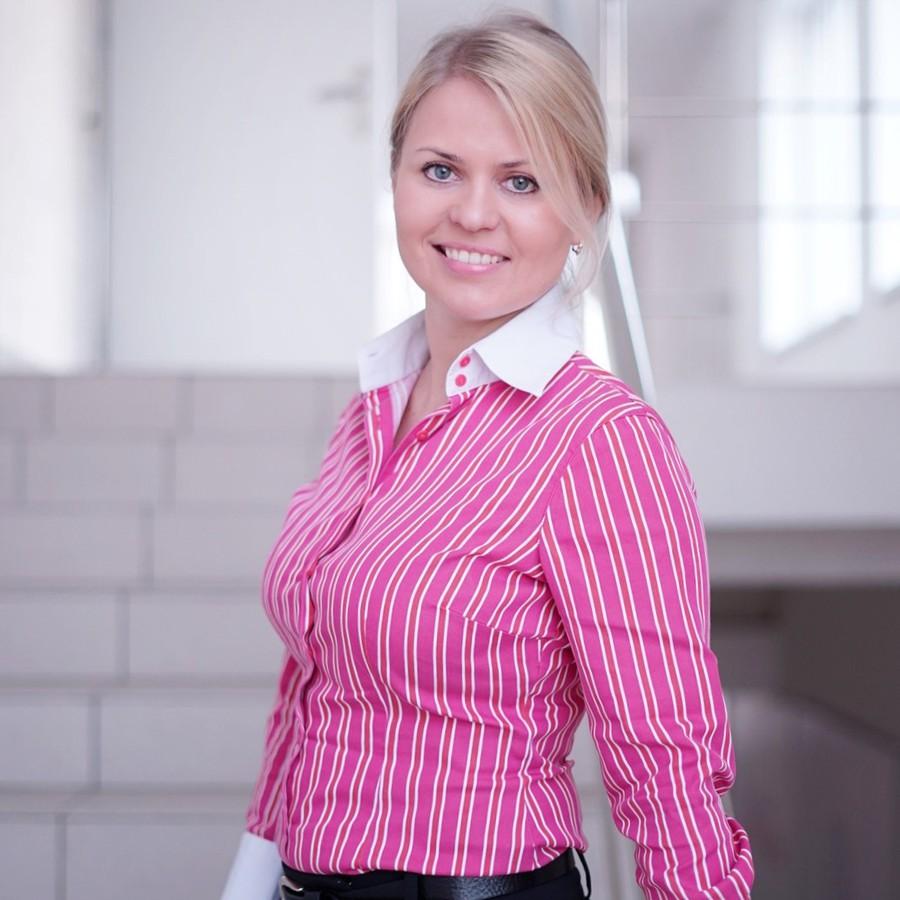 На должность заместителя генерального директора  по маркетинговым и цифровым клиентским коммуникациям Schneider Electric в России и СНГ назначена Наталия Деянова