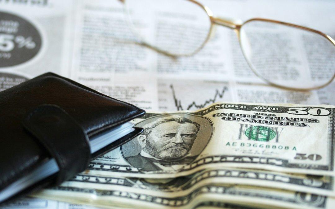 Бизнес прогнозирует курс гривни на уровне 30 грн/$