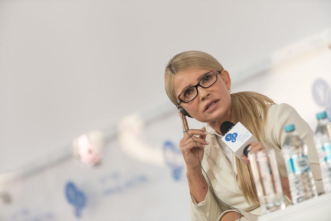 Порошенко соревнуется с Гриценко за второе место в президентском рейтинге — соцопрос