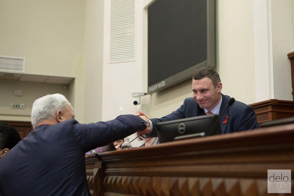 Застройщикам в Киеве снизили в два раза паевое участие в 2018 году